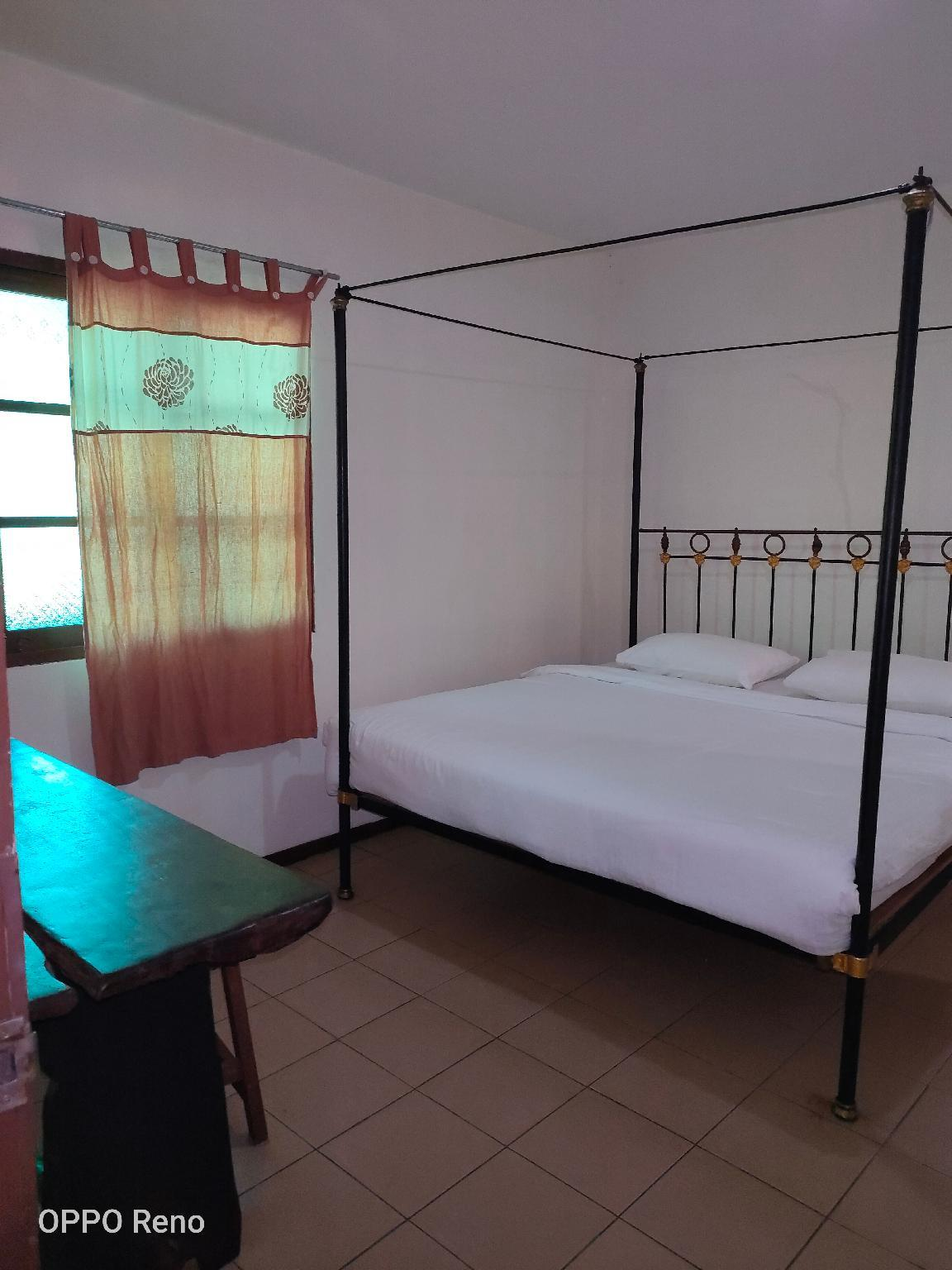 Double Bed (Attached Bathroom)