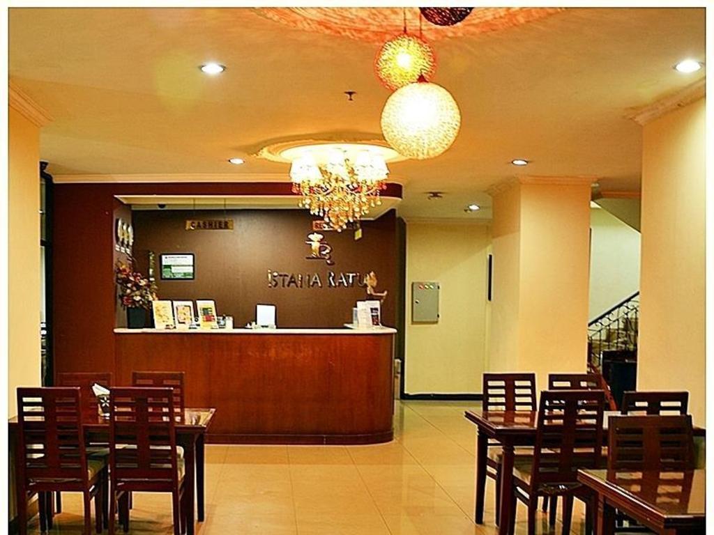 Hotel Istana Best Price On Hotel Istana Ratu Jalan Jaksa In Jakarta Reviews