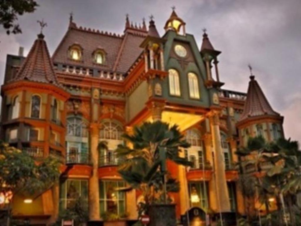 Gajahmada Graha Hotel