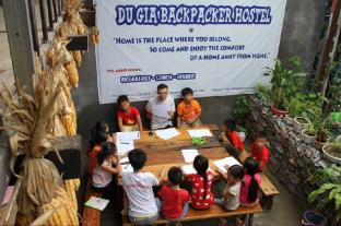 Du Gia Backpacker Hostel & Restaurant Coffee Bar