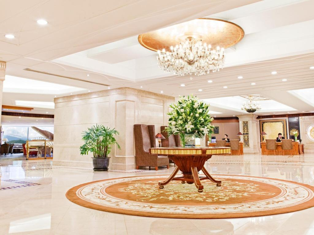 Lobby Crowne Plaza Nanjing Hotels & Suites