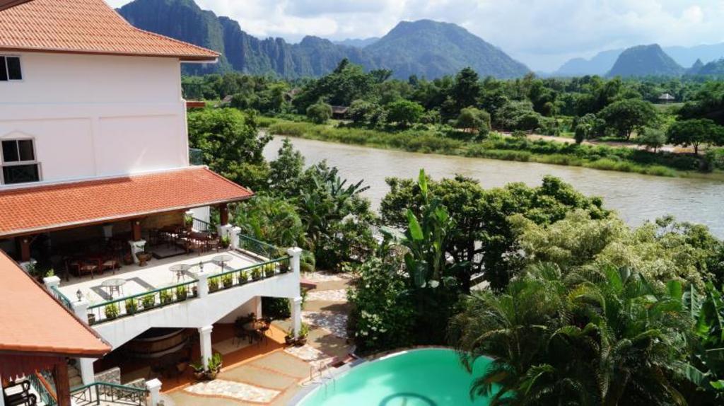 Best price on vansana hotel vang vieng in vang vieng reviews for Domon guesthouse vang vieng