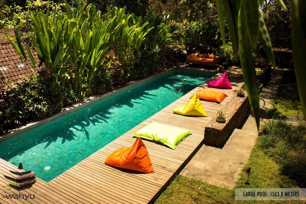 Pool Wahyu Villa 3 Bedrooms