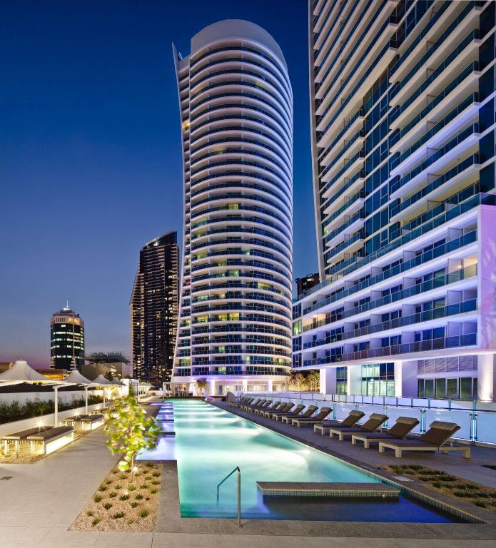 Best Price on Hilton Surfers Paradise Residences in Gold ...