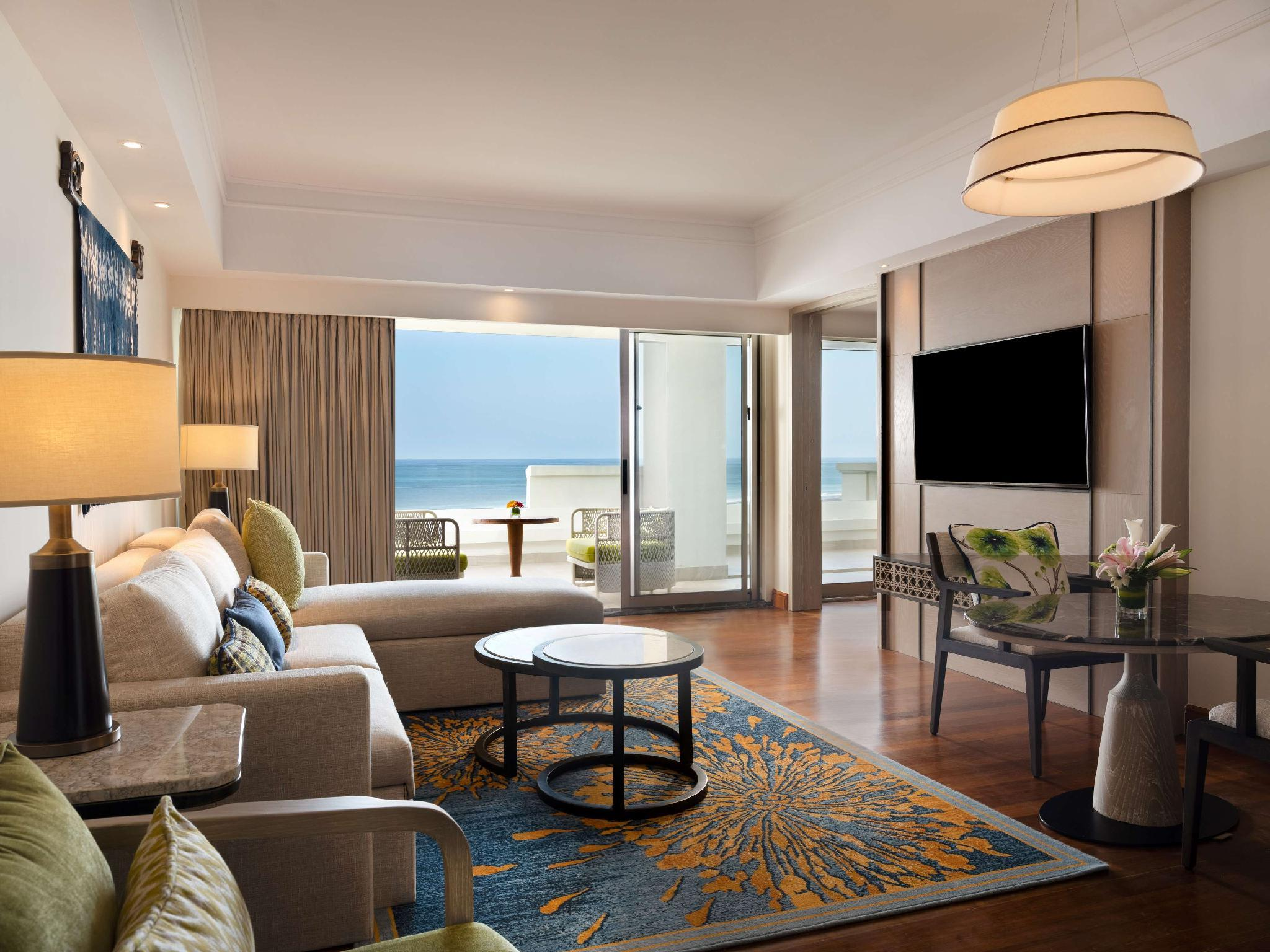 King 1 Bedroom Suite Ocean View
