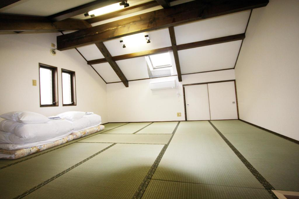 Japanese Style Room for 4 People - Guestroom