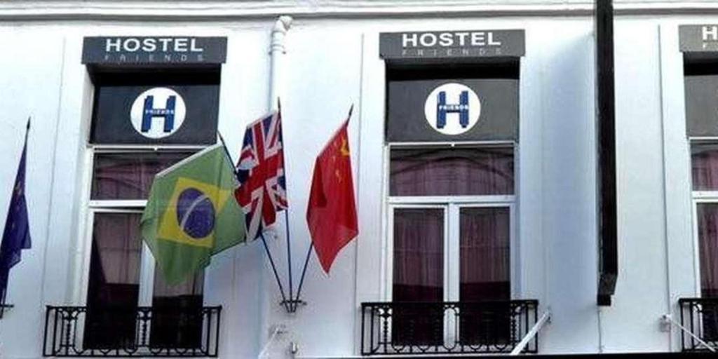 Jacobs Inn Hostels in Paris - Room Deals, Photos & Reviews