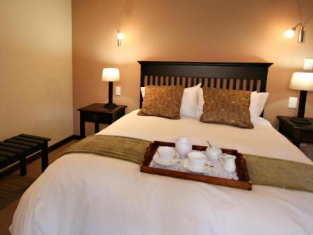 Luxury Suite with Queen Bed Blackheath Manor Guest House