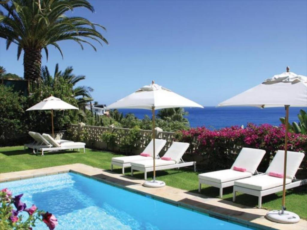 Schwimmbad The Clarendon Bantry Bay Hotel