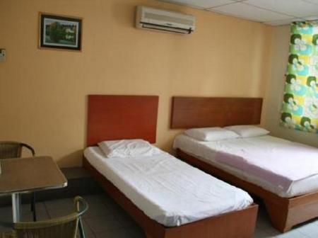 Family Room with Window Budget & Comfort Hostel Kuching