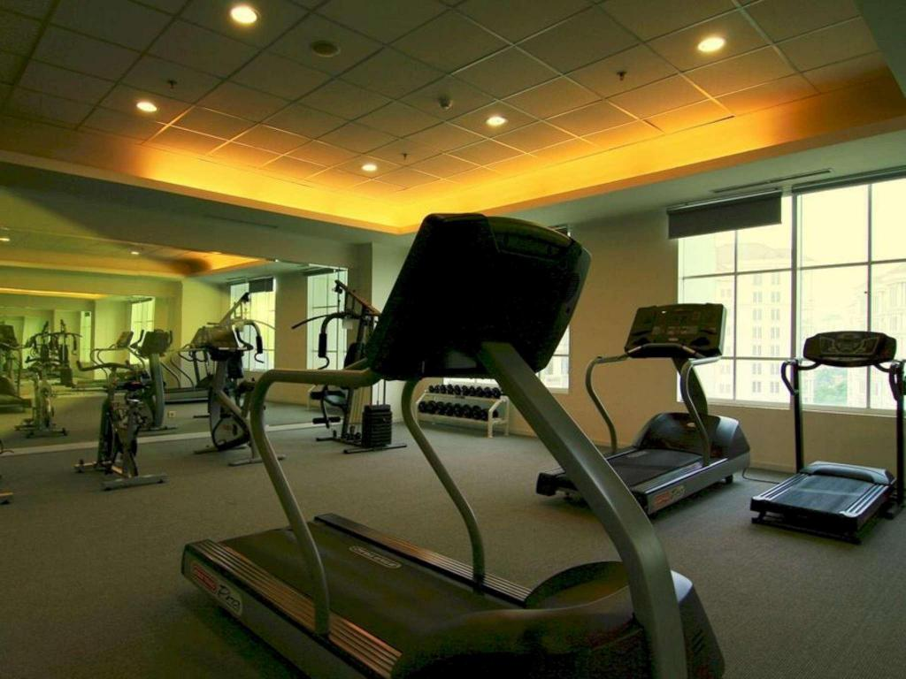 Fitness center The Bellezza Suites