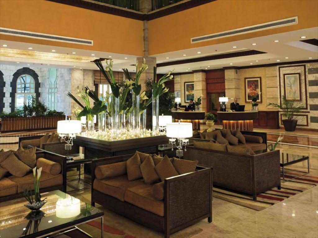 Lobby Movenpick Hotel & Casino Cairo-Media City