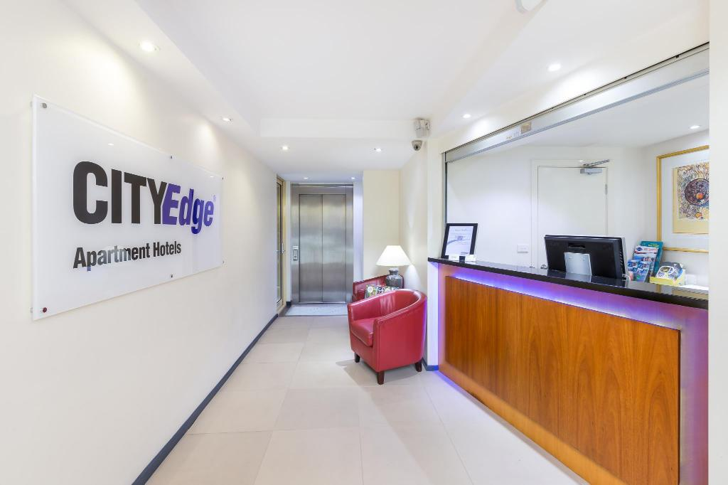 City Edge Hotel East Melbourne