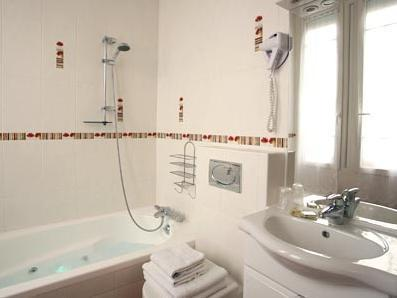 Double/ Single room with Bath