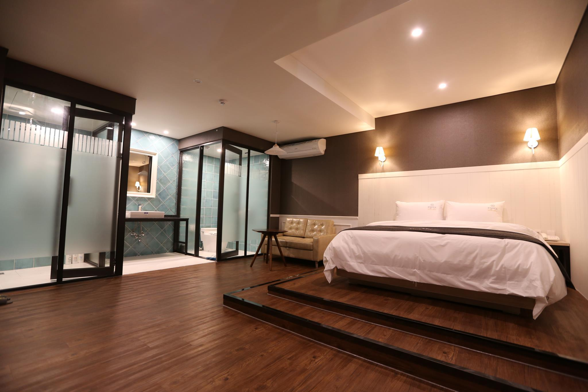 Best price on hotel leeds in pyeongtaek si reviews for Boutique hotel xym pyeongtaek