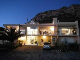78 On 5th in Hermanus Bed and Breakfast