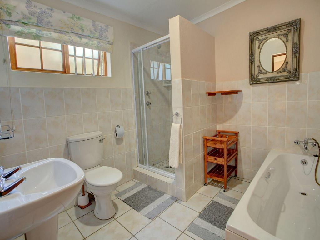 Double Room with Bathroom Outeniqua Travel Lodge