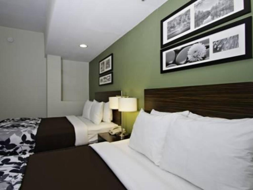 sleep inn and suites downtown inner harbor in baltimore. Black Bedroom Furniture Sets. Home Design Ideas