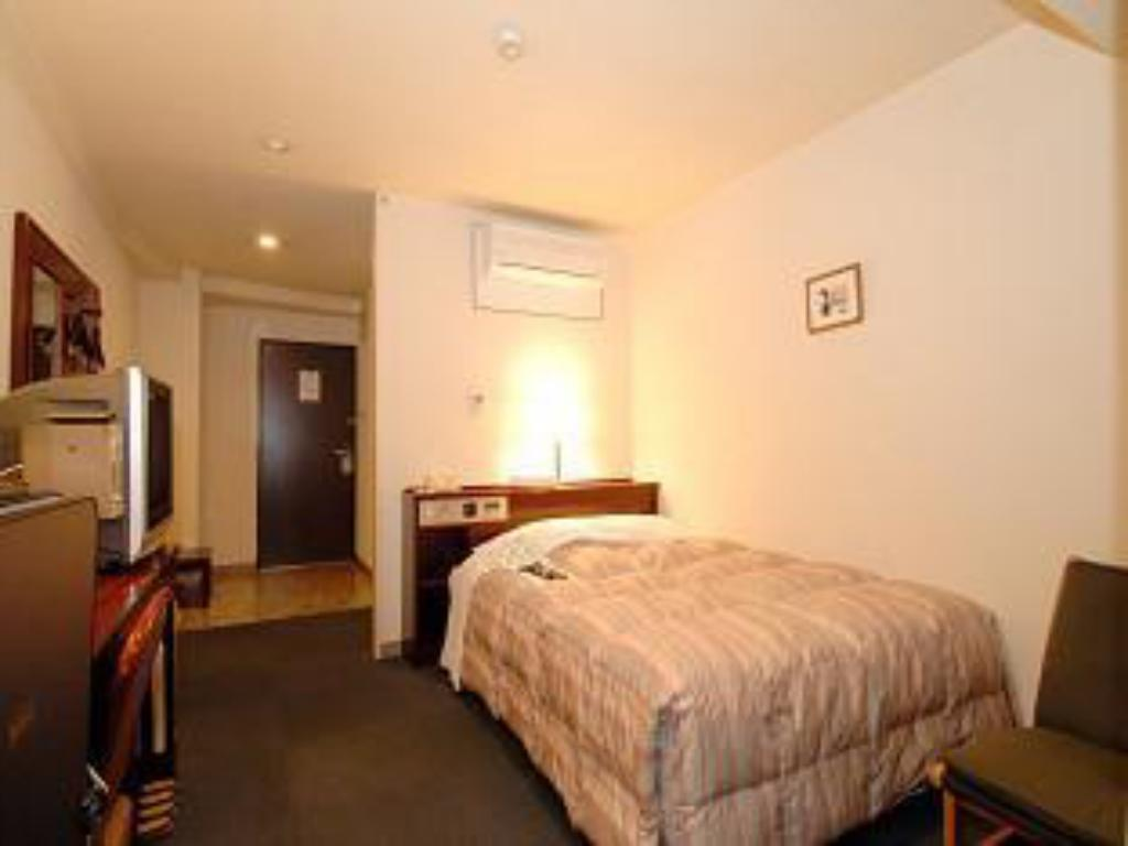 Small Double Bed - Guestroom Hotel & Residence Nanshukan