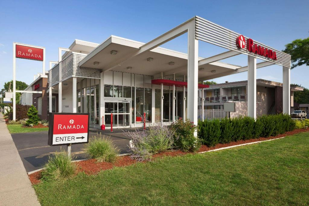 More about Ramada by Wyndham Rockville Centre