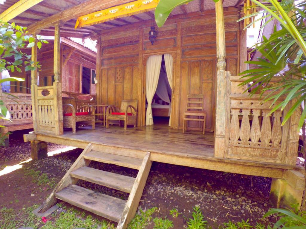 See all 15 photos Soputan Wooden House 2