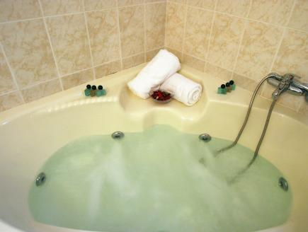 Superior Double Room with Hydromassage Bath (No Children nor Infants)