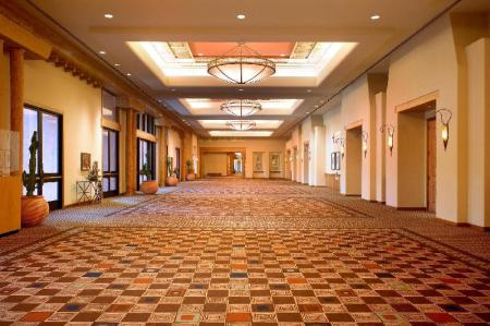 Interior view Sheraton Grand at Wild Horse Pass