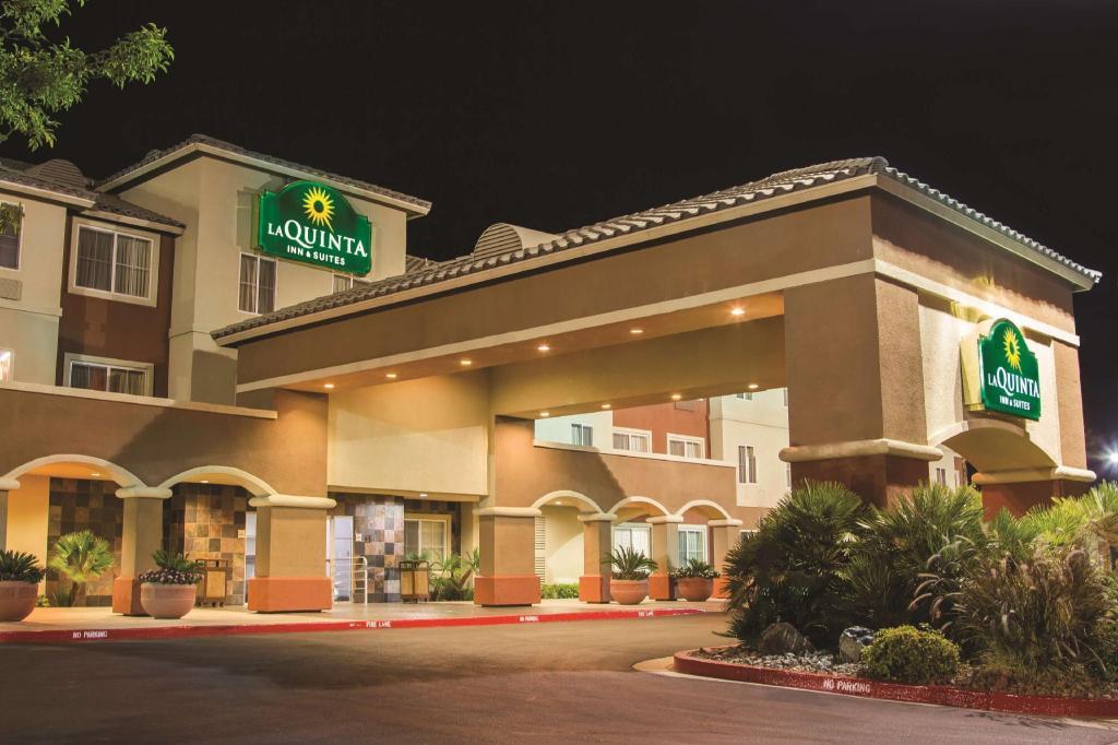 La Quinta Inn Suites Las Vegas Redrock Summerlin
