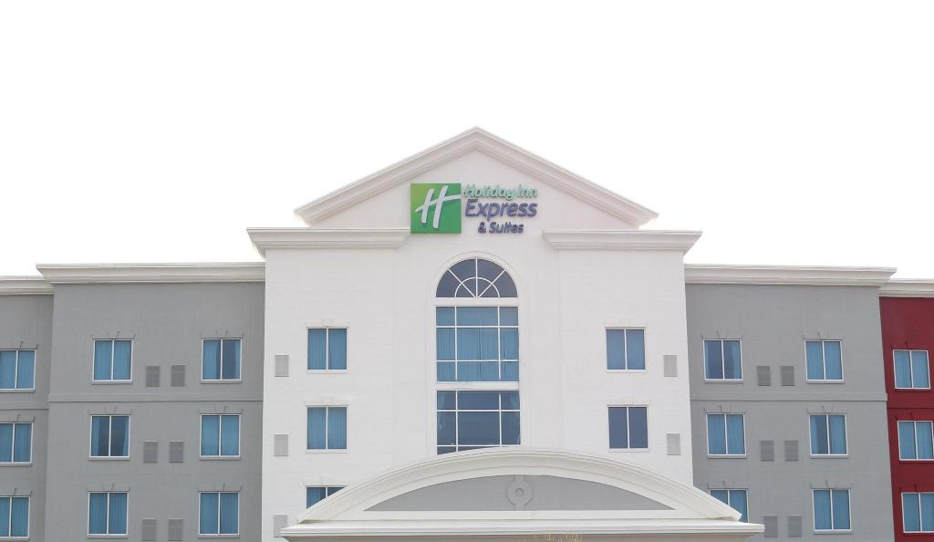 Express Columbia Sc >> Holiday Inn Express Hotel Suites Columbia Fort Jackson In