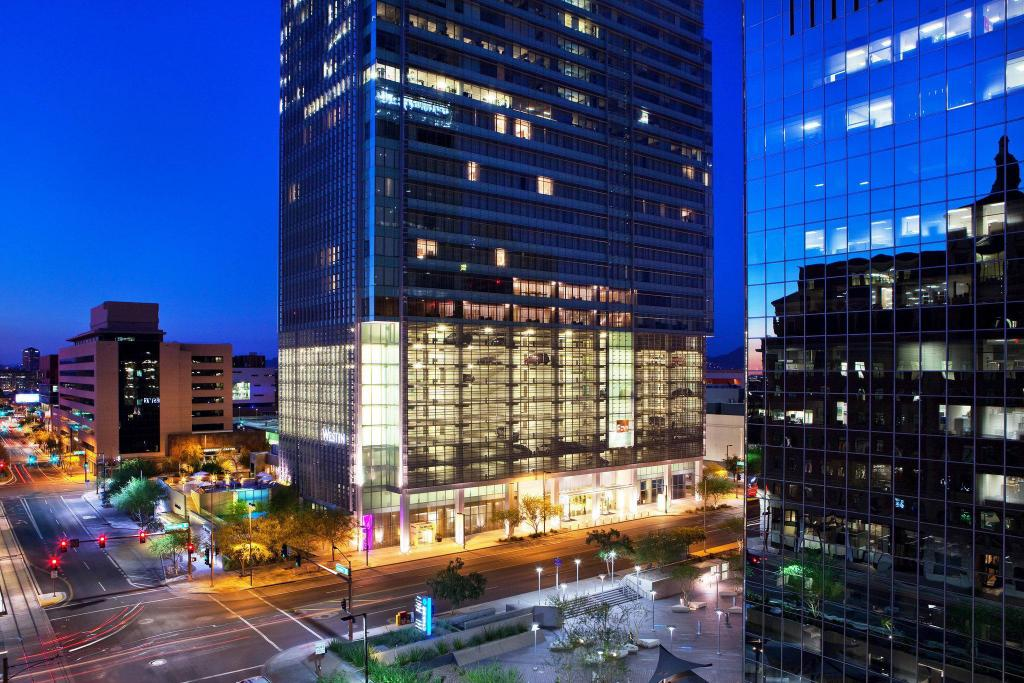 More about The Westin Phoenix Downtown