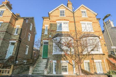 Spectacularly Bright & Wonderfully Spacious House in the Heart of Oxford...