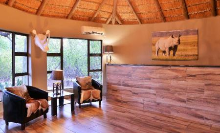 Lobi Black Rhino Game Lodge