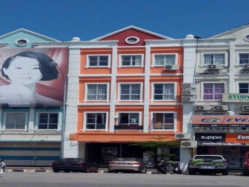 More About Backpackers Freak Hostel