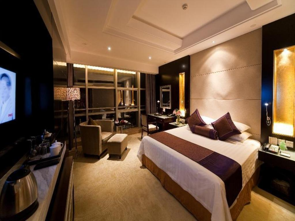 See all 33 photos Jinling Yangzhou Hotel