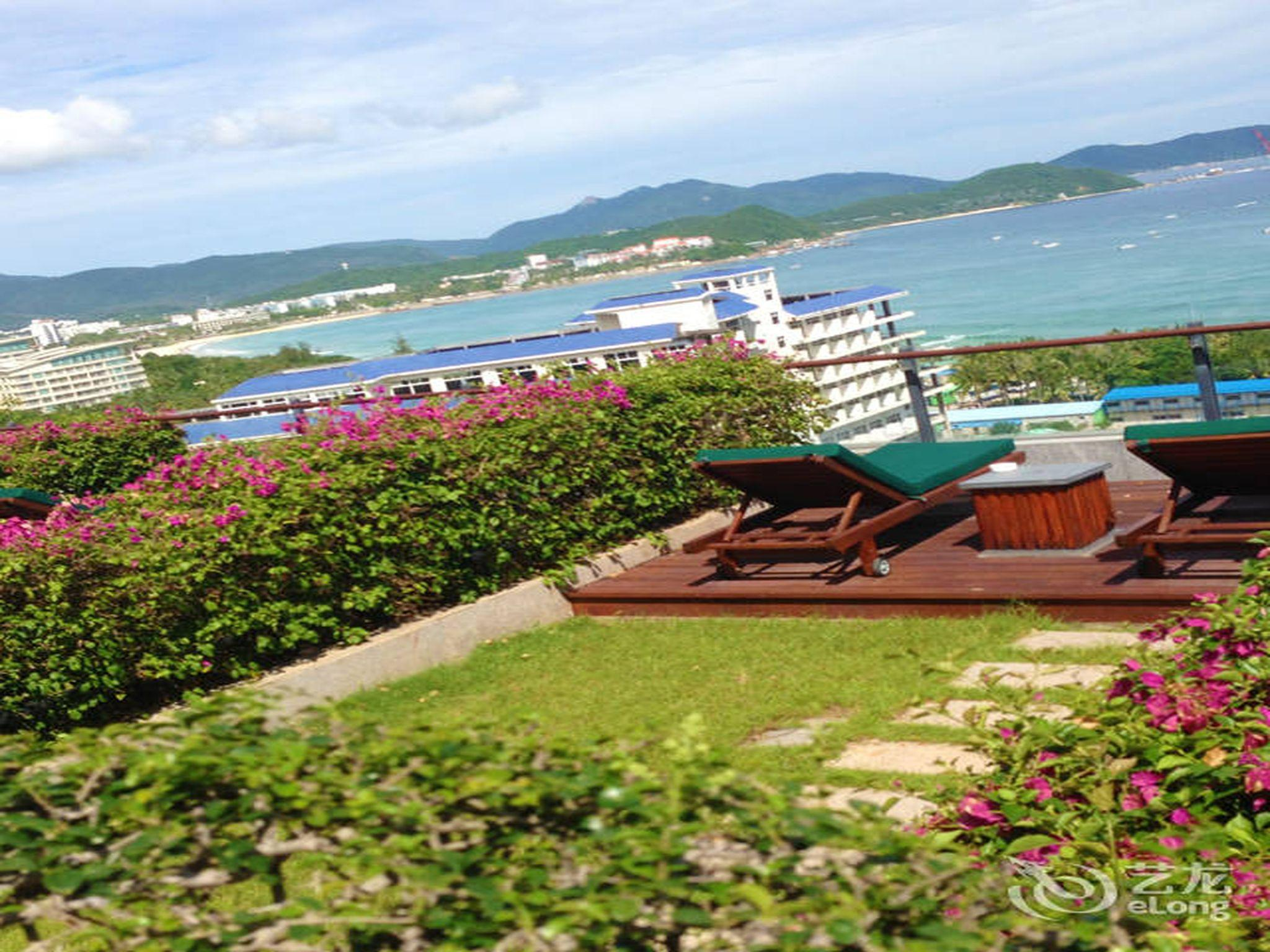 Best Price on Sanya Royal Garden Resort - Grand Building in Sanya + ...