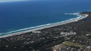 Tallow Beach Motel