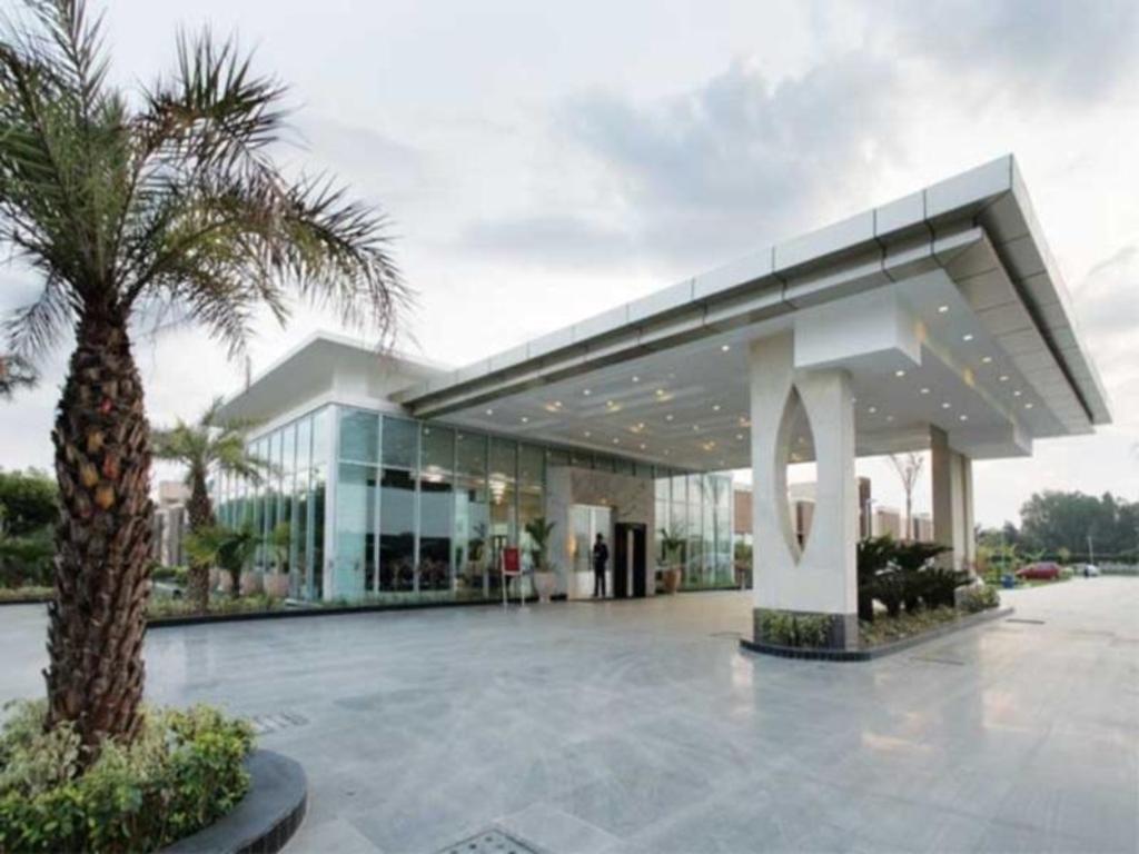 Hotel Pulse Impulse Hotels Near Kalkaji Mandir Metro Station New Delhi And Ncr Best