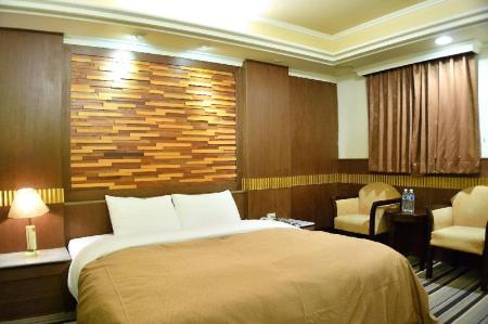 Deluxe Double - Room plan Ying Zhen Hotel