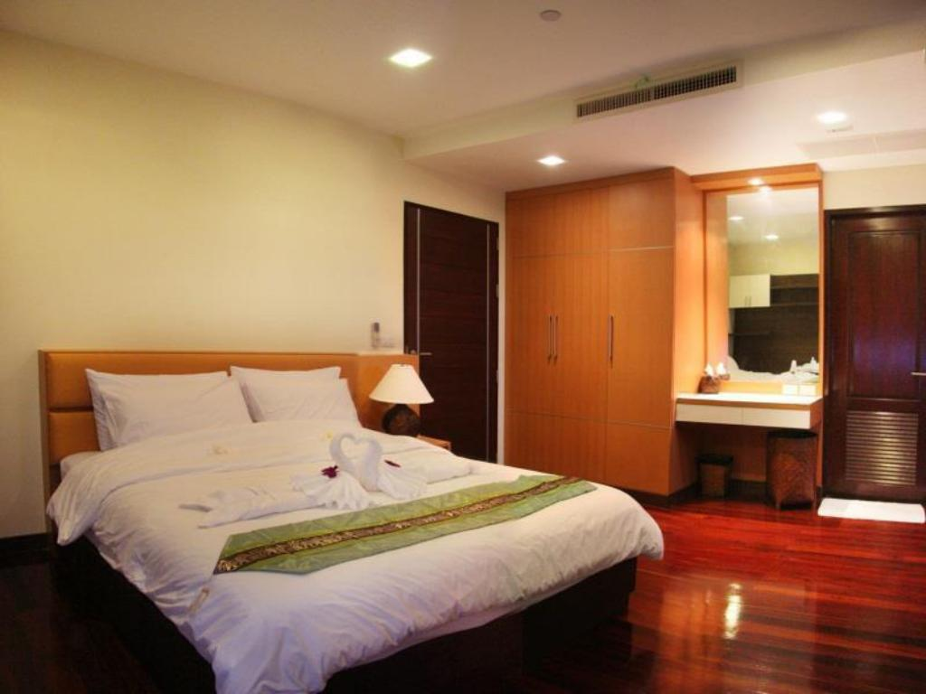 Guestroom Grand Hill Residence