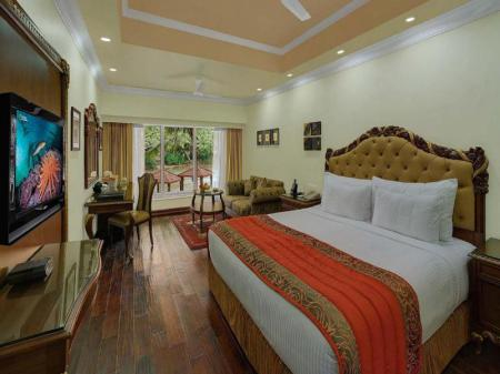 Deluxe Room Mayfair Hideaway Spa Resort
