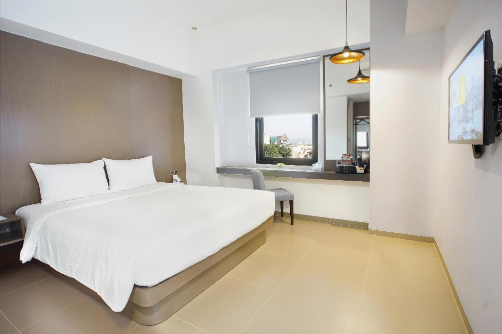 Superior Double Room - Non-Smoking - Bed