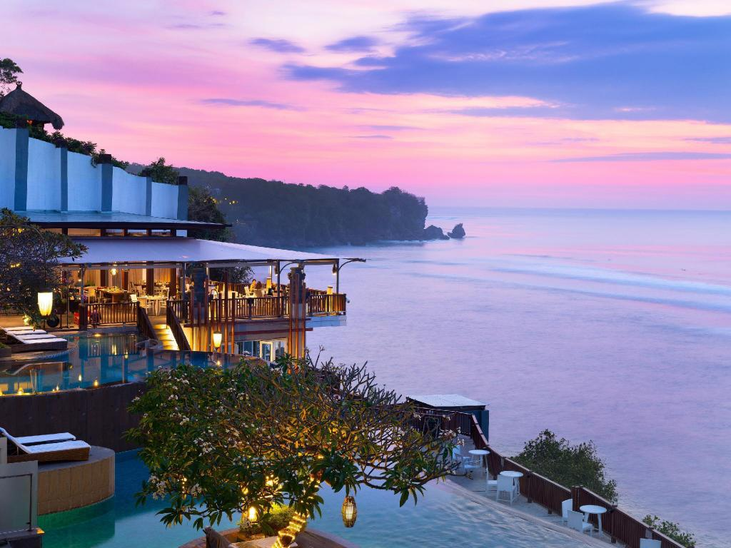 More about Anantara Uluwatu Bali Resort