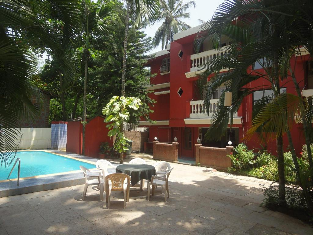 Shruti Beach Resort, Goa, India - Photos, Room Rates