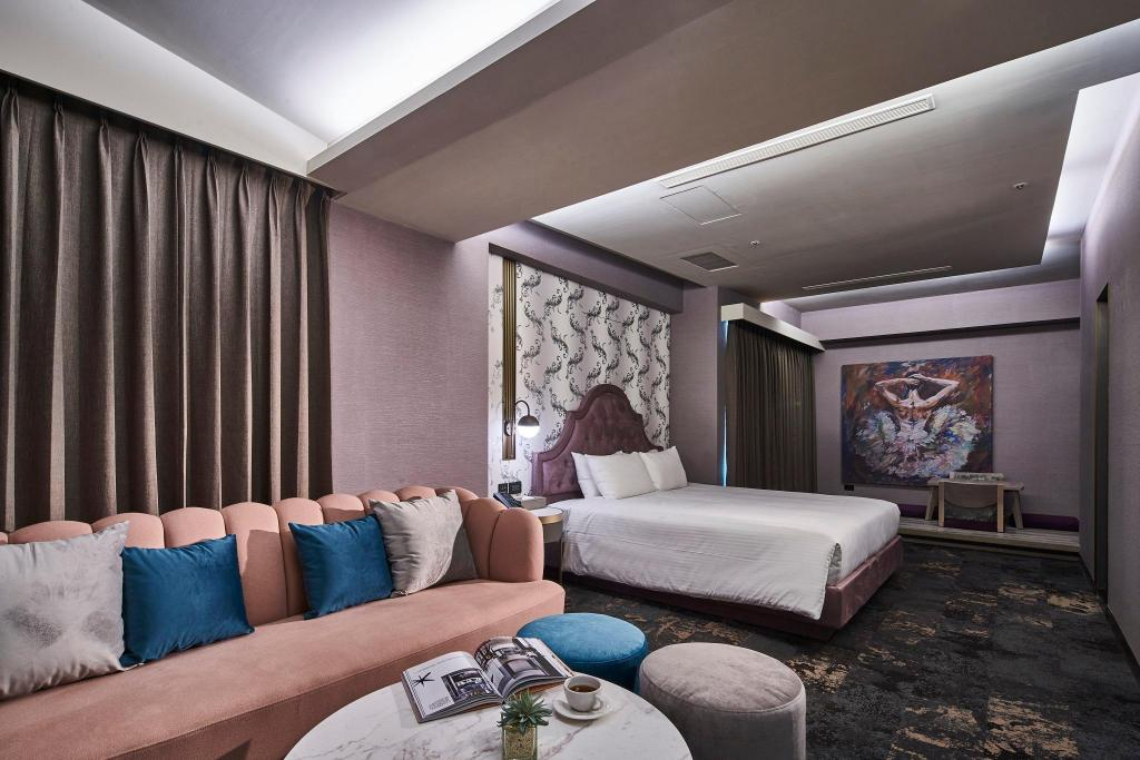 1 King Bed, Deluxe Suites - Bed Kung Shang Design Hotel
