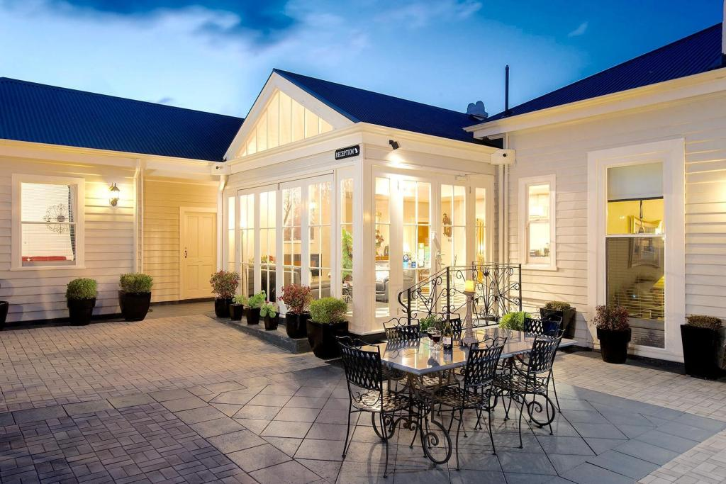 More about Kurrajong House Bed & Breakfast