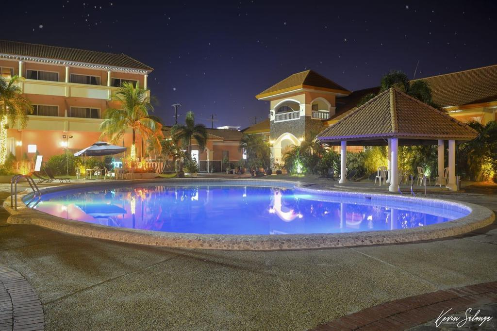 Vista Marina Hotel And Resort In Subic  Zambales