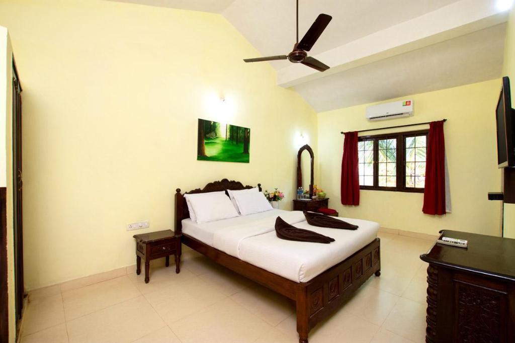 Marina Bay Beach Resort In Goa Room