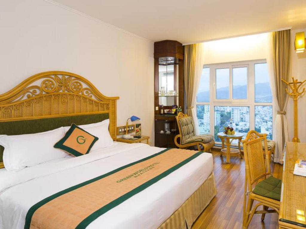 Superior City View - Double Bed Green World Hotel Nha Trang