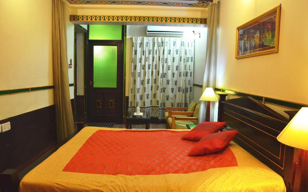 Standard Air Conditioning Room - Bed Hotel Vimal Heritage