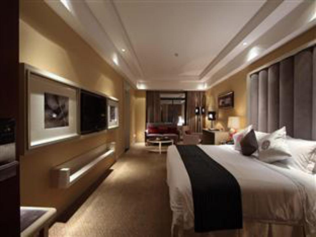 Superior King Yihe Grand Hotel